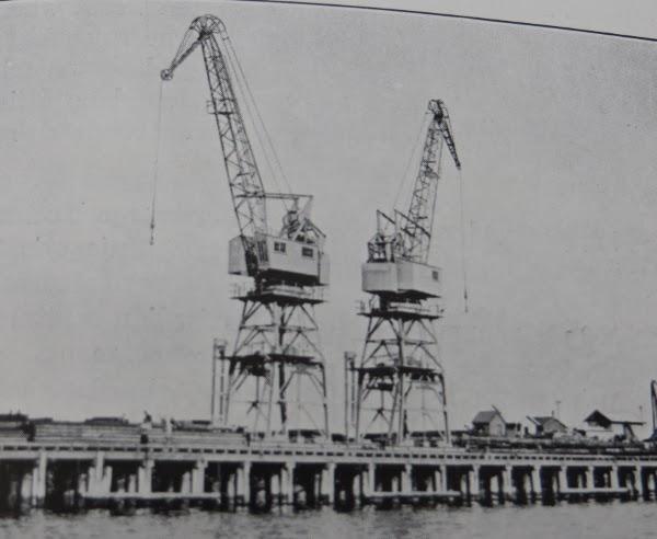 cranes on Station Pier