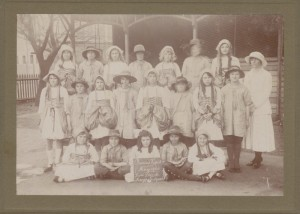 Prince's Visit ~ May 1920 ~ Nott Street ~ Maypole Squad. State Library of Victoria