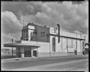 Hoyt's Eclipse Theatre, Port Melbourne, Ca 1940s. Harold Paynting Collection, State Library of Victoria