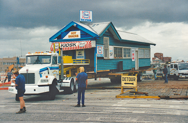 Eastern Kiosk on the Move Ron Laing