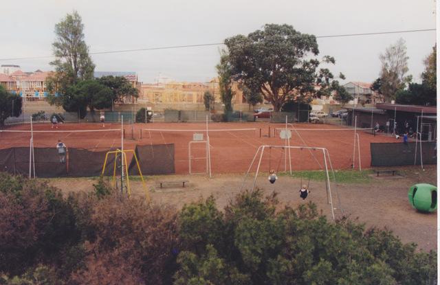 1-tennis courts Morris Reserve RL