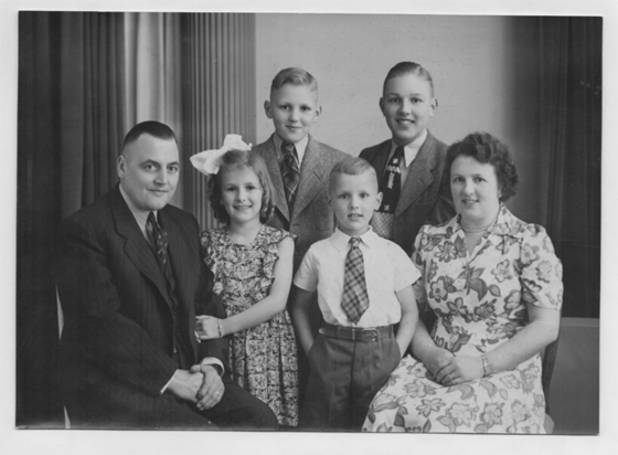 Bolt Family: (l to r) Simon, Harriet, Ekko, Paul, Jack and Ella
