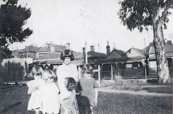 Molly Lowrie, aged about 8 with her younger sisters Nancy, Betty, Patsy and Lorna in Crichton Reserve, Port Melbourne, 1929.