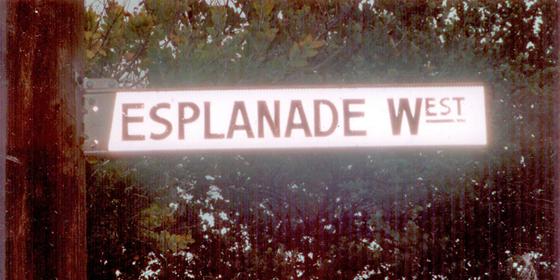 Esplanade West Street Sign